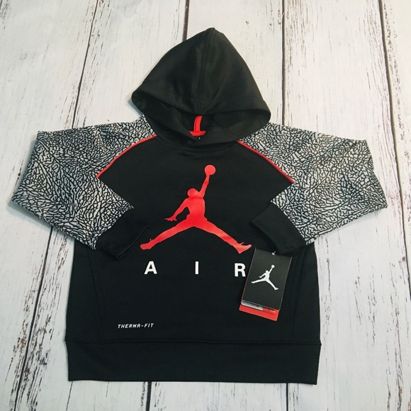 7c875b1369e9 Nike Air Jordan Jumpman Therma Fit Pull over. NWT